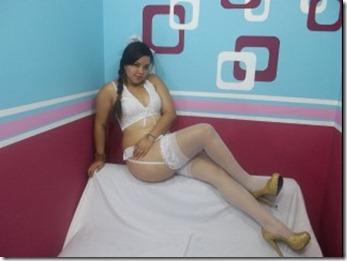 60sexy latina ass